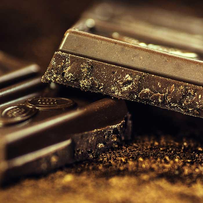 chocolate healthy for teeth